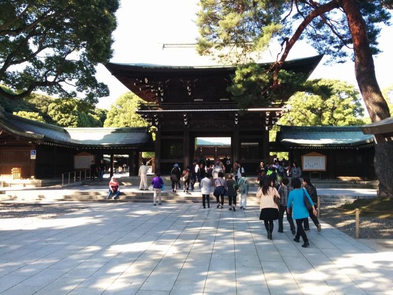 Meiji Schrein, einer der Orte an dem man kaum einen Japaner sieht.